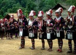 Akka hilltribe women
