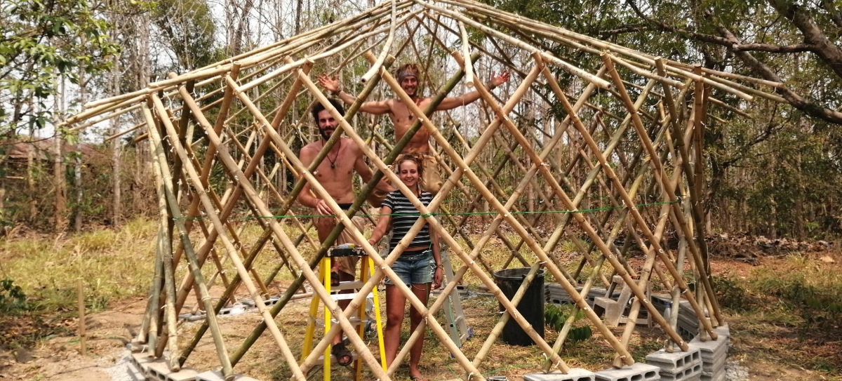 Install8 Crop Baan Din Doi Natural Building Each yurt is made up of several parts. baan din doi natural building wordpress com